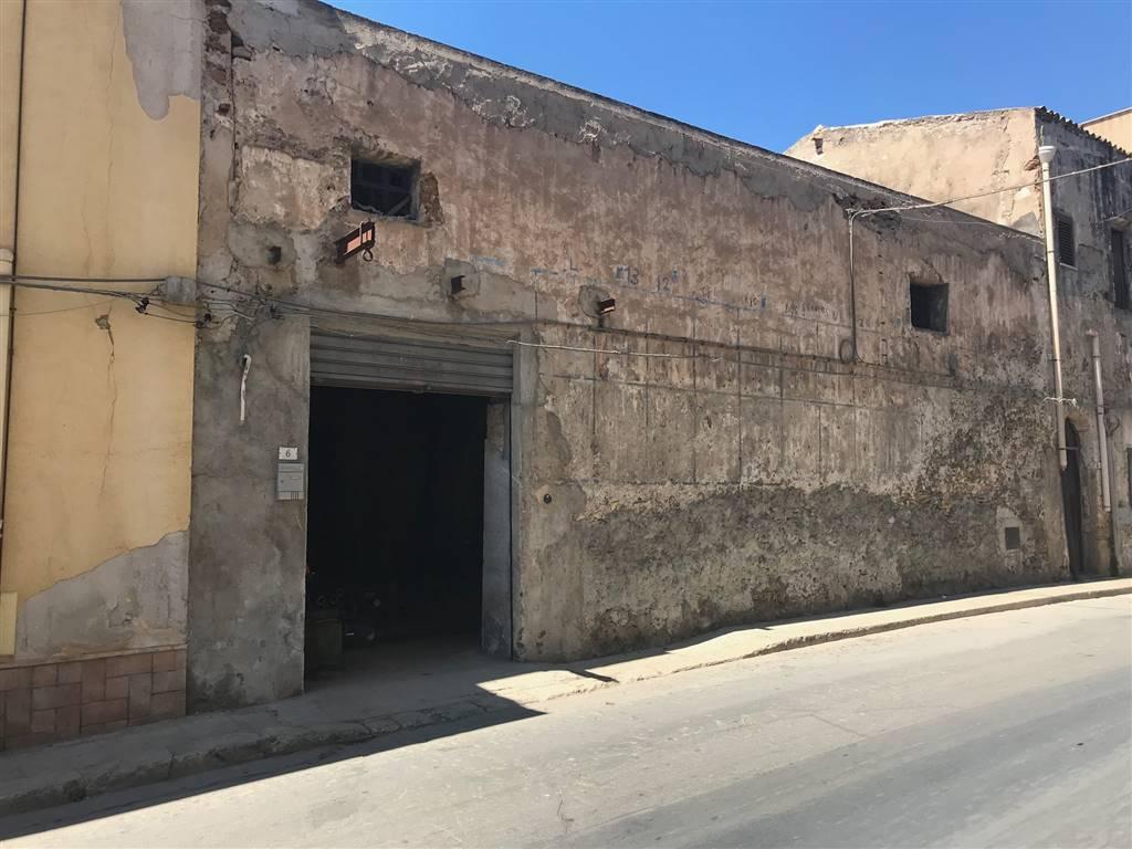 Negozio / Locale in vendita a Sciacca, 9999 locali, zona Località: PORTO, Trattative riservate | CambioCasa.it
