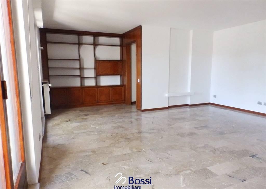 Appartamento, Varese, in ottime condizioni