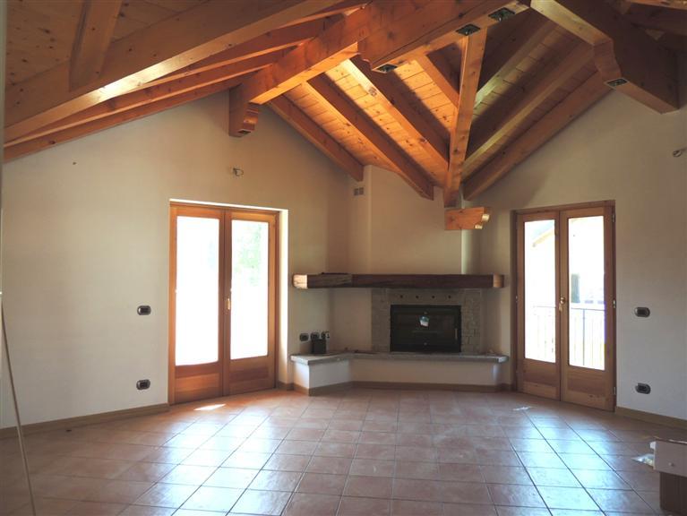 Appartamento in vendita a Druogno, 3 locali, prezzo € 239.000 | CambioCasa.it