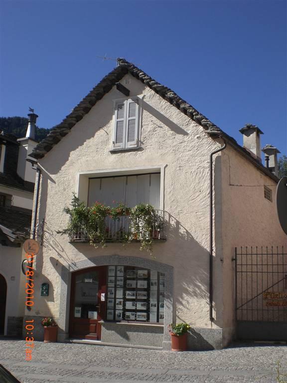 Appartamento in affitto a Santa Maria Maggiore, 3 locali, Trattative riservate | CambioCasa.it