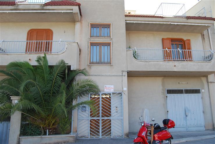Vai alla scheda: Casa indipendente Vendita - San Ferdinando di Puglia (BT) - Codice -007