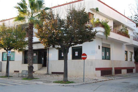 Vai alla scheda: Negozio Vendita - San Ferdinando di Puglia (BT) - Codice -019