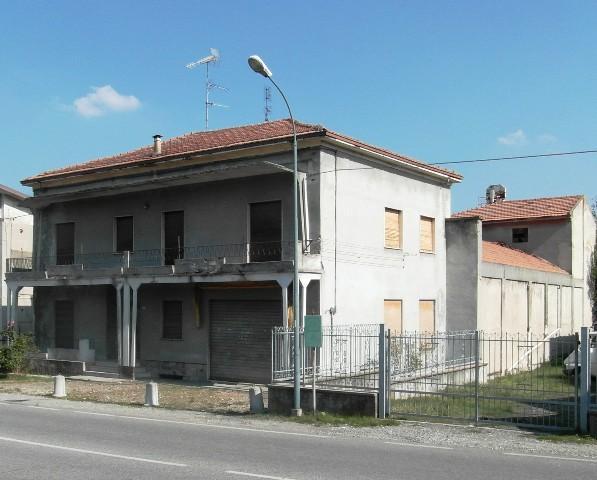 Casa singola, Lugagnano Val D'arda, da ristrutturare