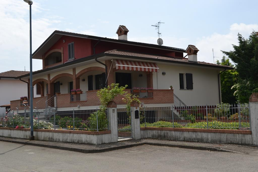 Villa, Mottaziana, Borgonovo Val Tidone, seminuova