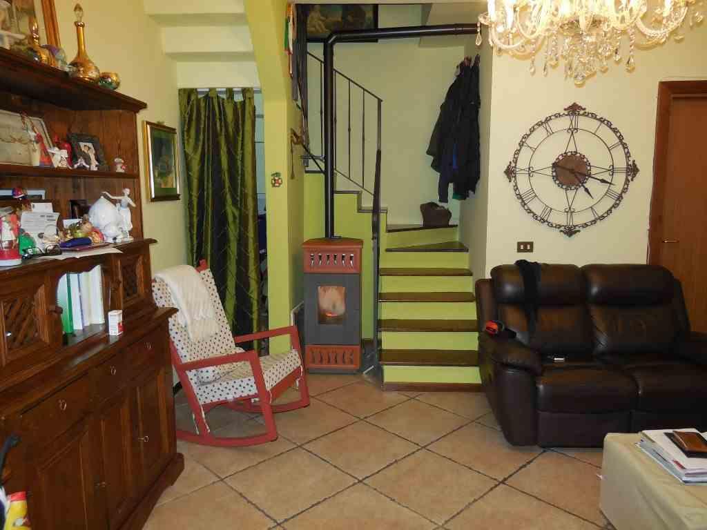 Soluzione Indipendente in vendita a San Giorgio Piacentino, 3 locali, prezzo € 125.000 | CambioCasa.it