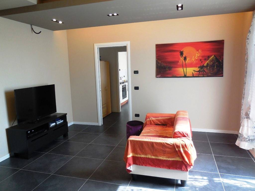 Appartamento in vendita a Gossolengo, 3 locali, zona Zona: Settima, prezzo € 129.000 | CambioCasa.it