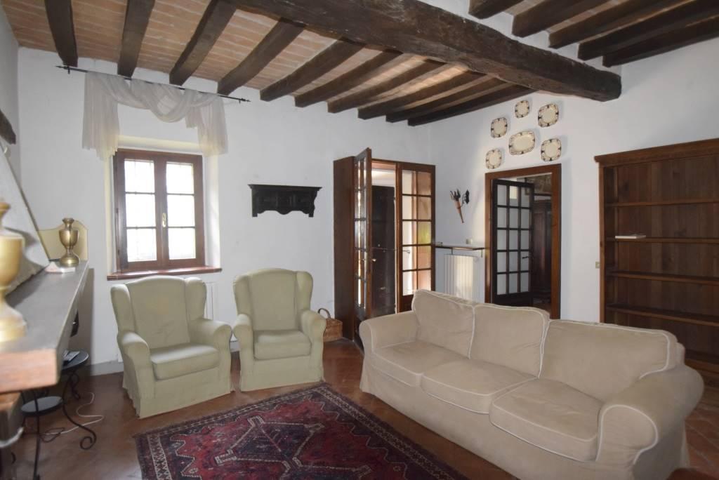 Casa semi indipendente, Rivalta, Gazzola, in ottime condizioni