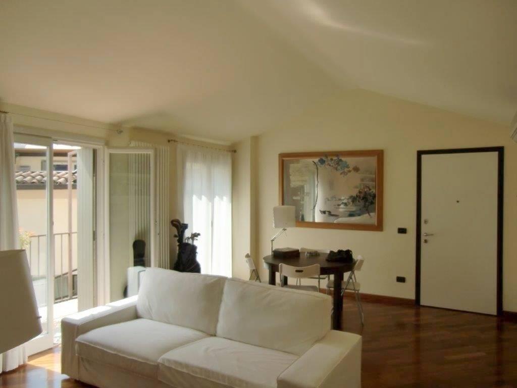 Appartamento in affitto a Piacenza, 3 locali, zona Zona: Centro storico, prezzo € 800 | CambioCasa.it