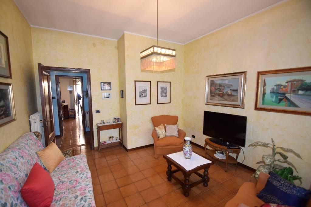 Trilocale, Viale Dante, Piacenza