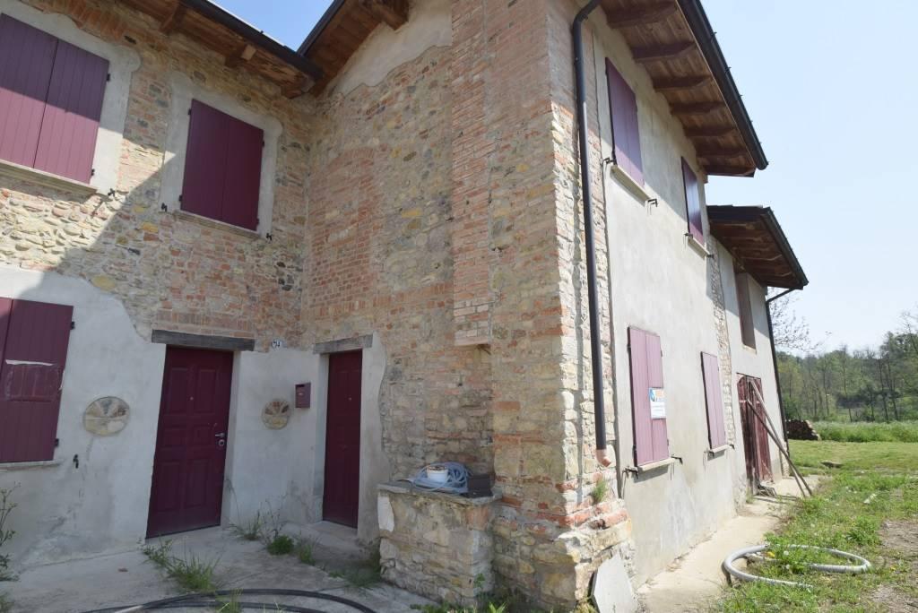 Casa semi indipendente, San Giorgio Piacentino, da ristrutturare