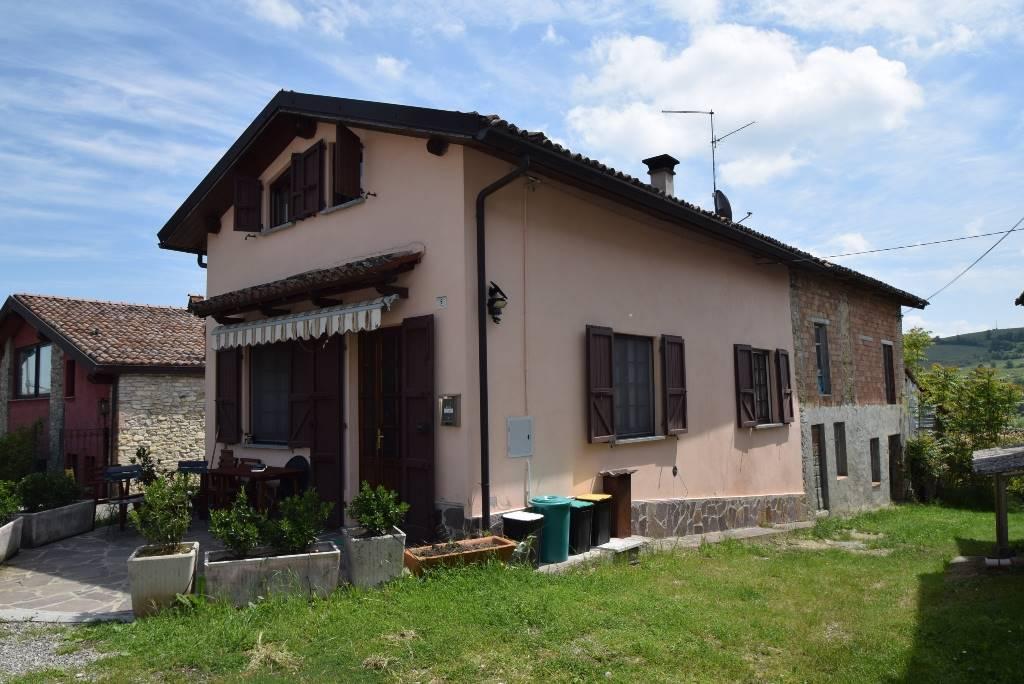 Casa semi indipendente, Castione, Ponte Dell'olio, in ottime condizioni