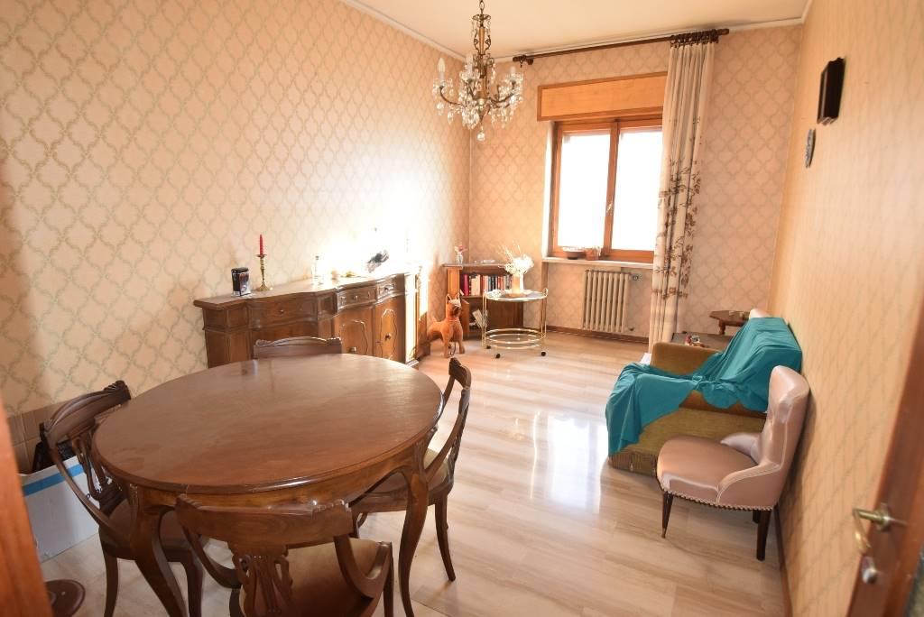 Attico / Mansarda in vendita a Piacenza, 3 locali, zona ro storico, prezzo € 110.000 | PortaleAgenzieImmobiliari.it