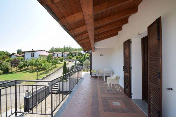 Villa in vendita a Piozzano, 3 locali, prezzo € 225.000 | CambioCasa.it