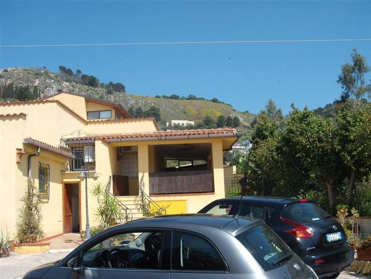 Villa a SANTA FLAVIA 140 Mq | 6 Vani | Giardino 1000 Mq