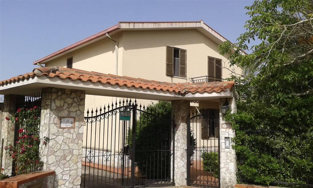 Villa a SALEMI 180 Mq | 7 Vani | Giardino 1500 Mq
