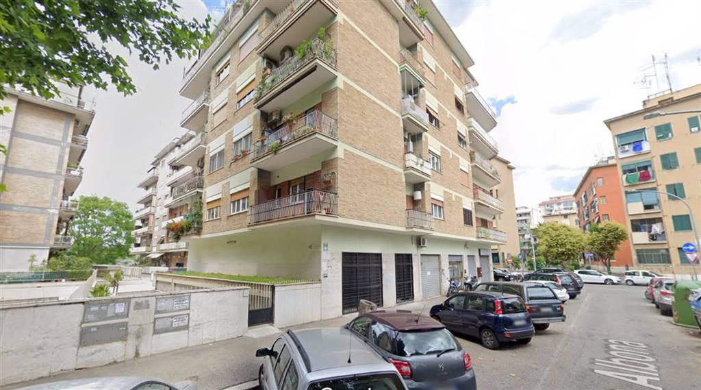 Appartamento a ROMA 45 Mq | 3 Vani | Giardino 1500 Mq