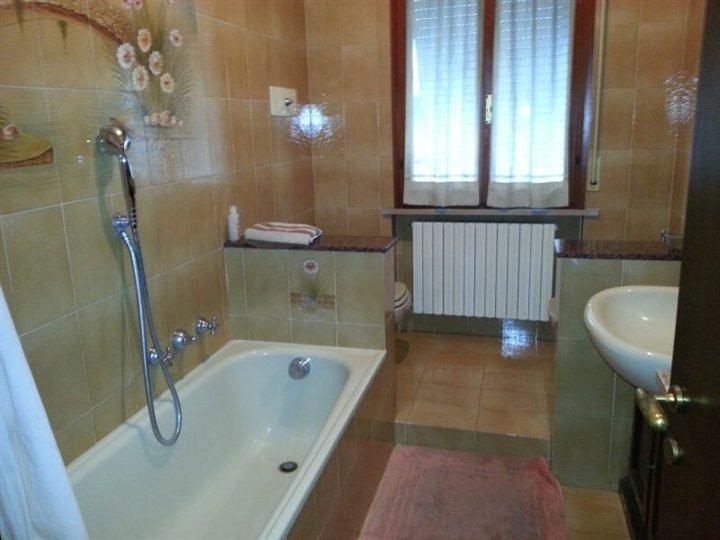 bagno 2 - Rif. V0351