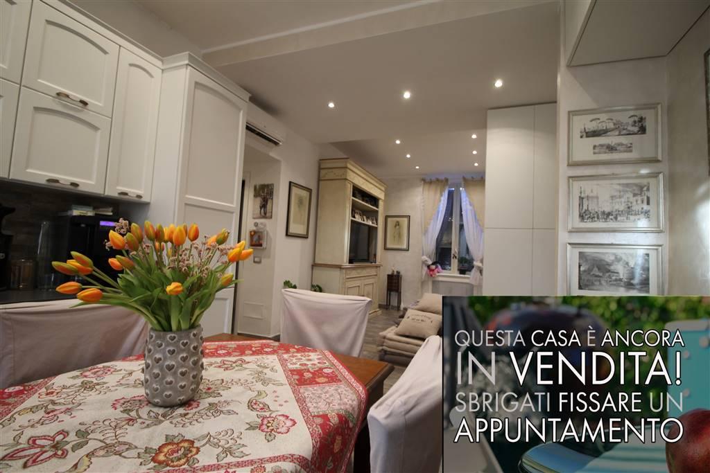In Piccolo Condominio di soli 4 appartamenti, proponiamo un bellissimo appartamento completamente ristrutturato. E' composto da Ampia cucina, due