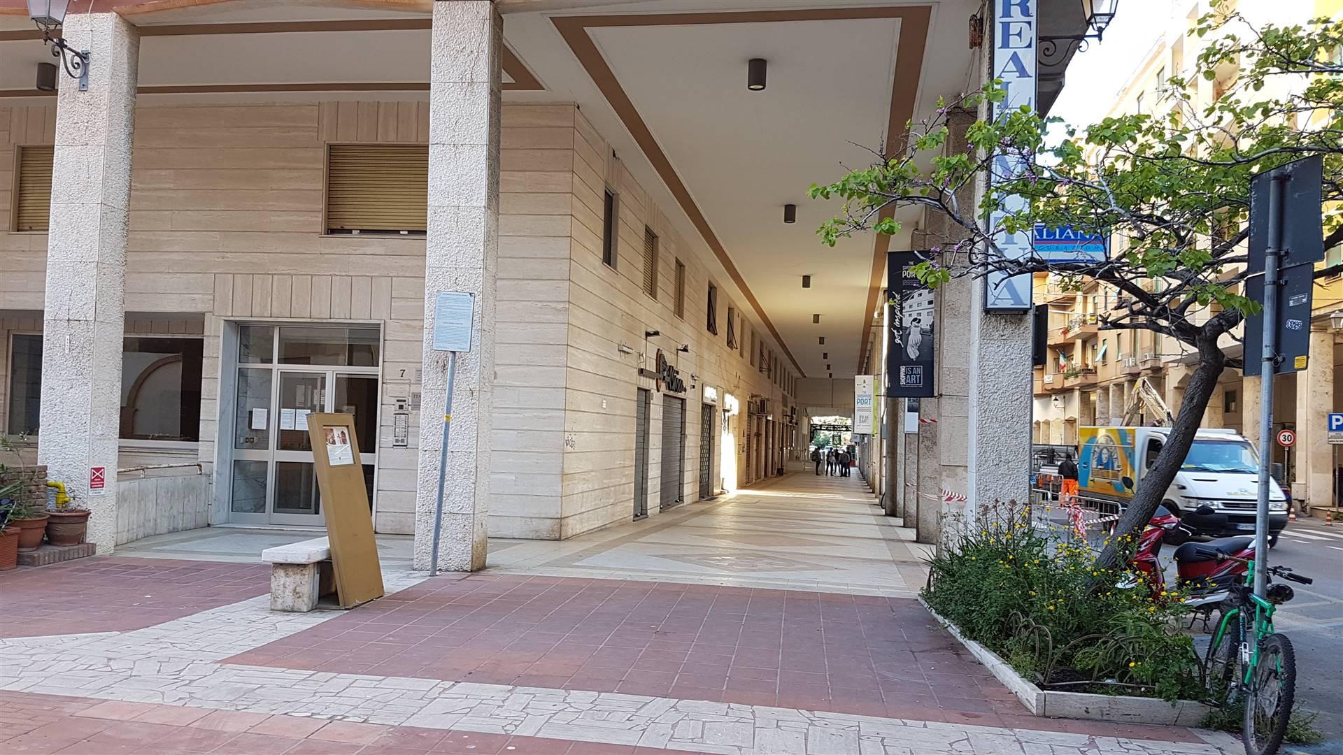 Appartamento in vendita a Civitavecchia, 3 locali, zona Località: CENTRO, prezzo € 109.000   CambioCasa.it