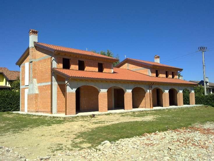Villa Bifamiliare in vendita a Zero Branco, 6 locali, prezzo € 169.000 | CambioCasa.it