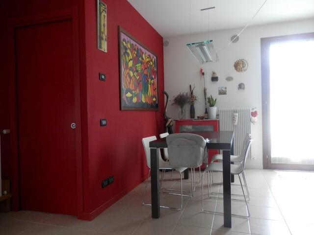 Appartamento in vendita a Zero Branco, 3 locali, zona Località: ZERO BRANCO, prezzo € 129.000 | CambioCasa.it
