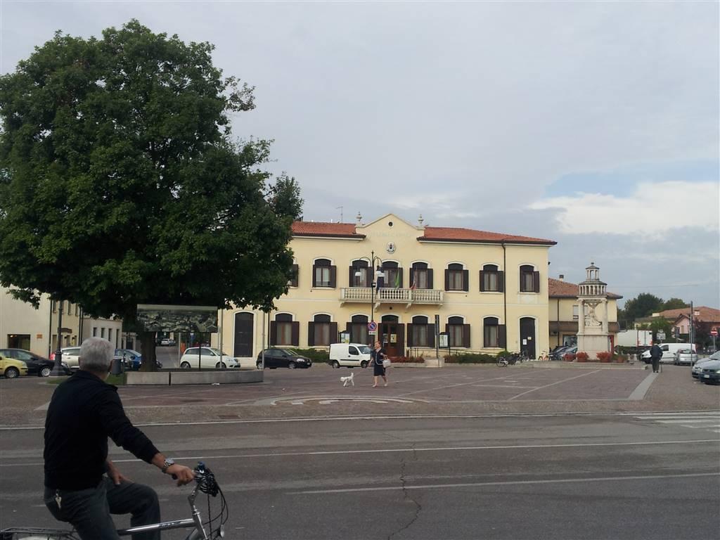 Capannone in vendita a Zero Branco, 2 locali, zona Località: ZERO BRANCO, prezzo € 135.000 | CambioCasa.it