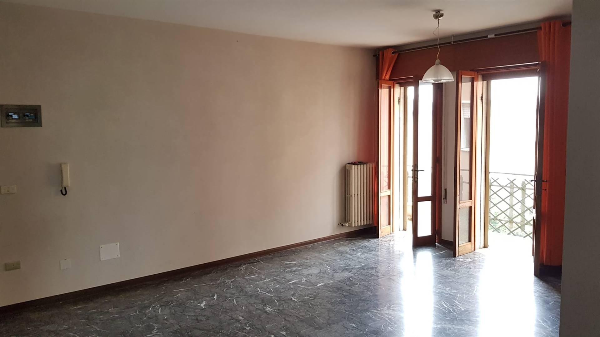 Appartamento in vendita a Salzano, 4 locali, prezzo € 120.000 | PortaleAgenzieImmobiliari.it