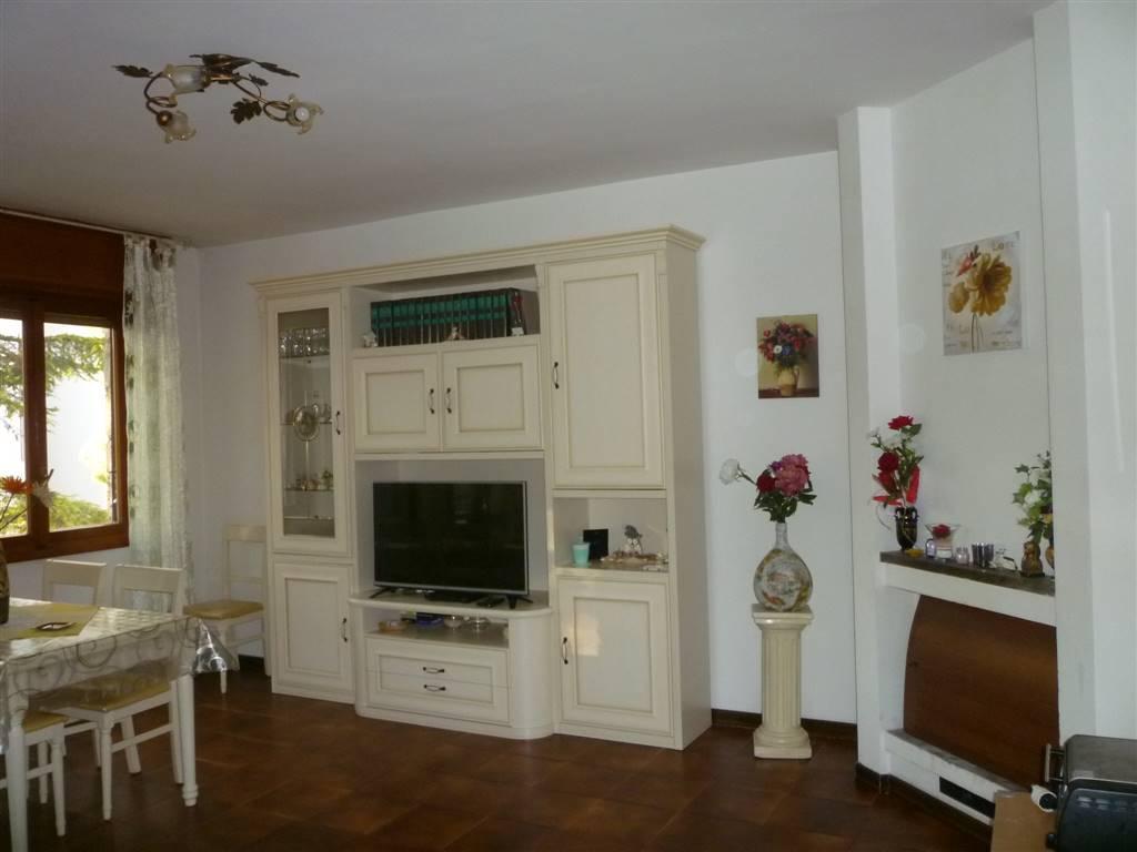 Appartamento in vendita a Terni, 3 locali, zona Zona: Semiperiferia Periferia, prezzo € 72.000 | CambioCasa.it