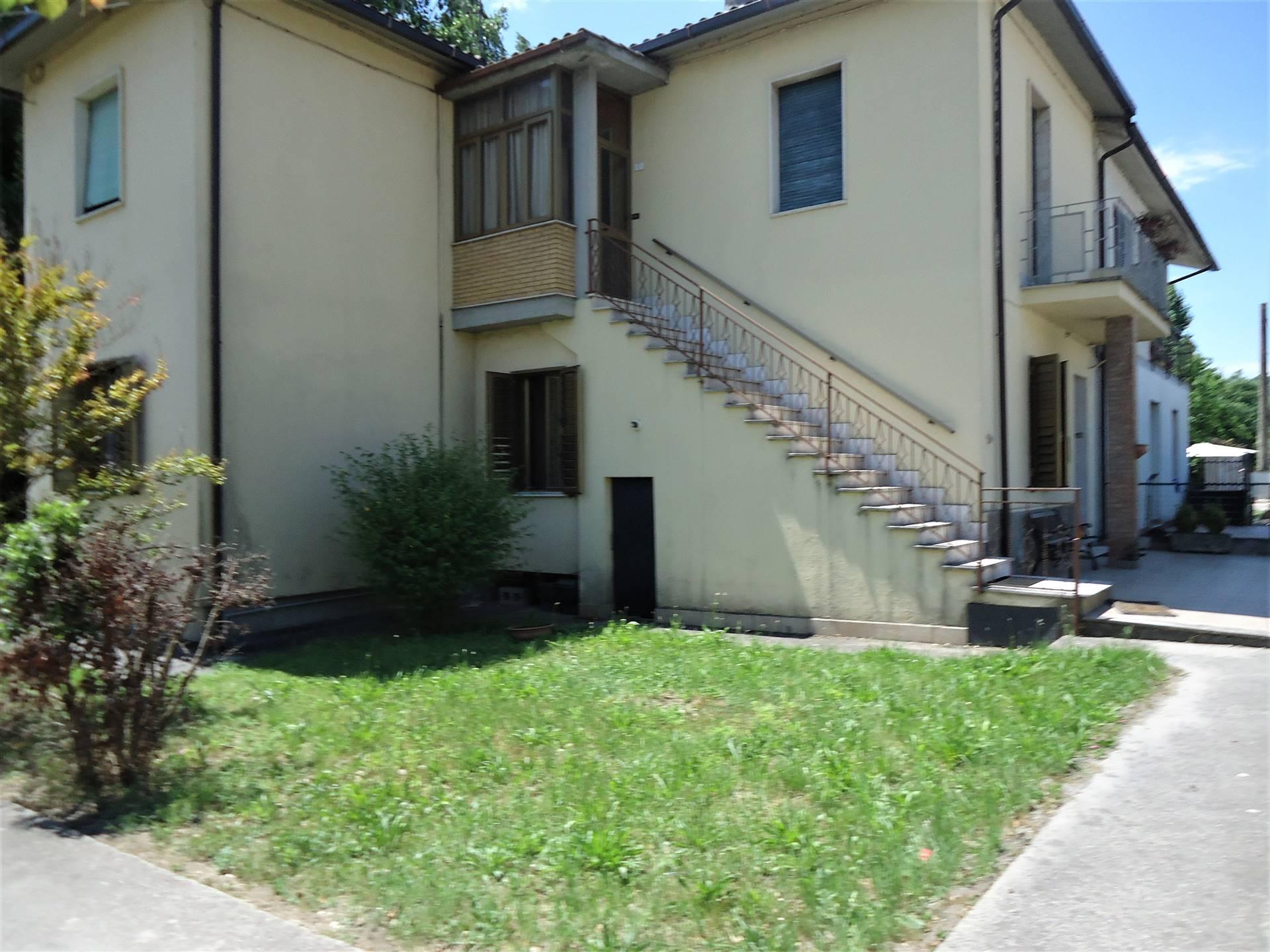 Appartamento in affitto a Arrone, 2 locali, zona Zona: Casteldilago, prezzo € 300   CambioCasa.it