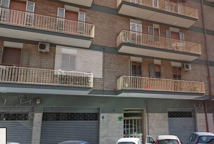 Appartamento in affitto a Taranto, 5 locali, zona Zona: Italia/Montegranaro, prezzo € 500 | CambioCasa.it