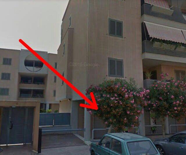 TARANTO, Shop for rent of 100 Sq. mt., Energetic class: G, composed by: , 1 Bathroom, Price: € 700
