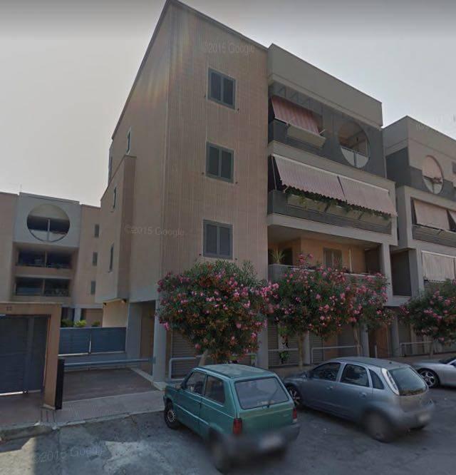 Quadrilocale in Via Lago Di Alimini Grande 12, Taranto