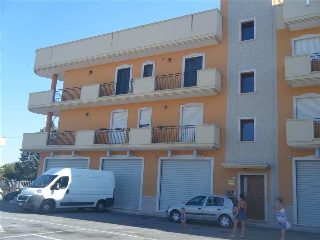 Appartamento in vendita a San Giorgio Ionico, 3 locali, prezzo € 90.000   CambioCasa.it
