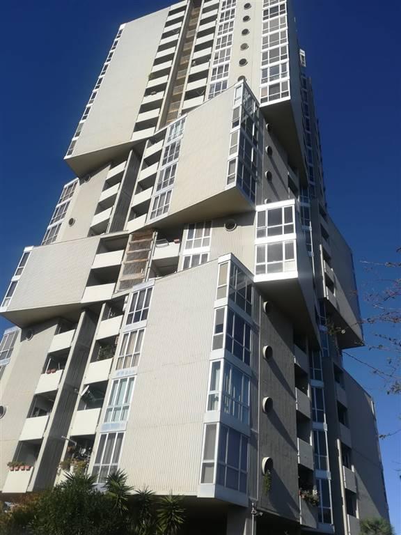 VIA FILONIDE adiacenze viale Jonio vendiamo appartamento all'ottavo piano panoramico con ascensore composto da ingresso-salone, cucina abitabile con