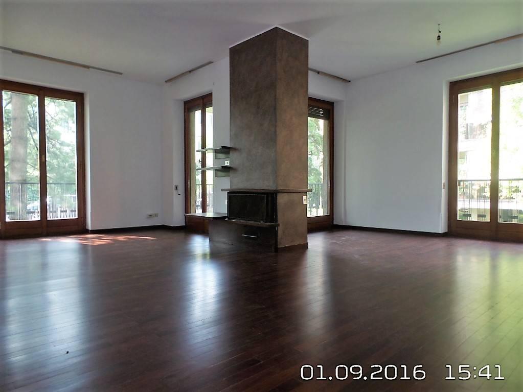 Appartamento in Via Alessandro Volta  54, San Biagio, Cazzaniga, Monza