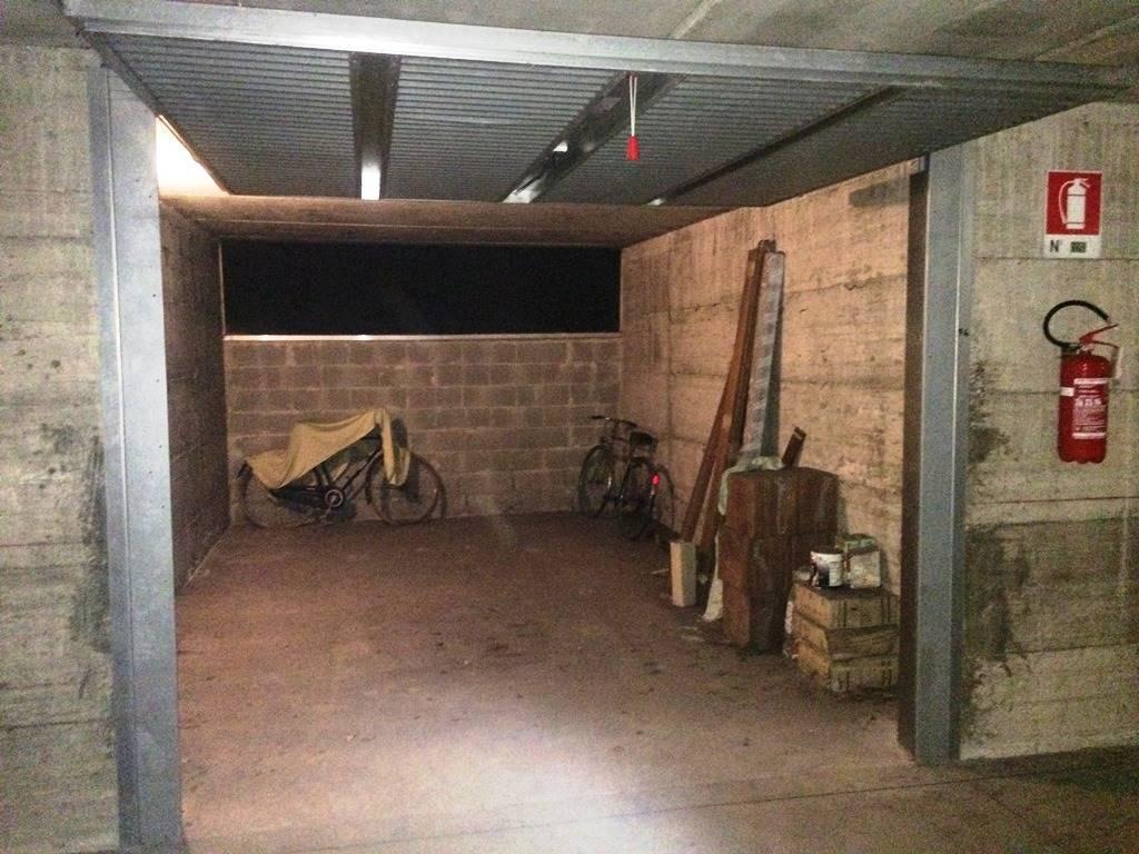 Garage / Posto auto in Via Borgazzi 183, San Rocco, Casignolo, Sant'alessandro, Monza