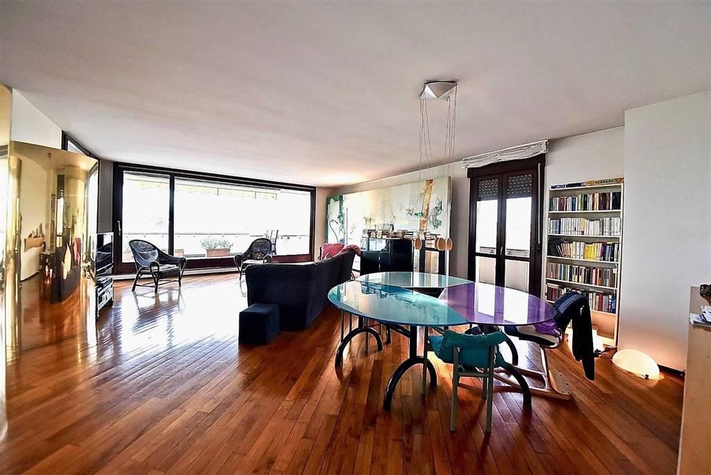 Appartamento in vendita a Vedano al Lambro, 4 locali, prezzo € 590.000 | PortaleAgenzieImmobiliari.it