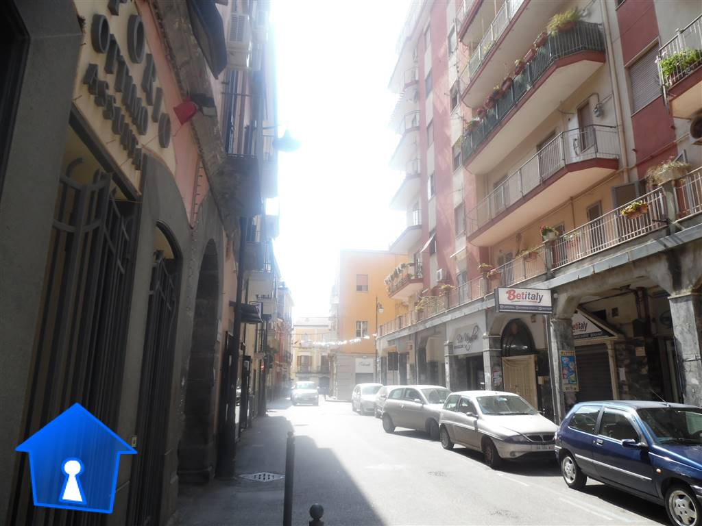 ANGRI, Shop for rent of 20 Sq. mt., Excellent Condition, Energetic class: G, placed at Ground, composed by: 1 Room, 1 Bathroom, Price: € 380
