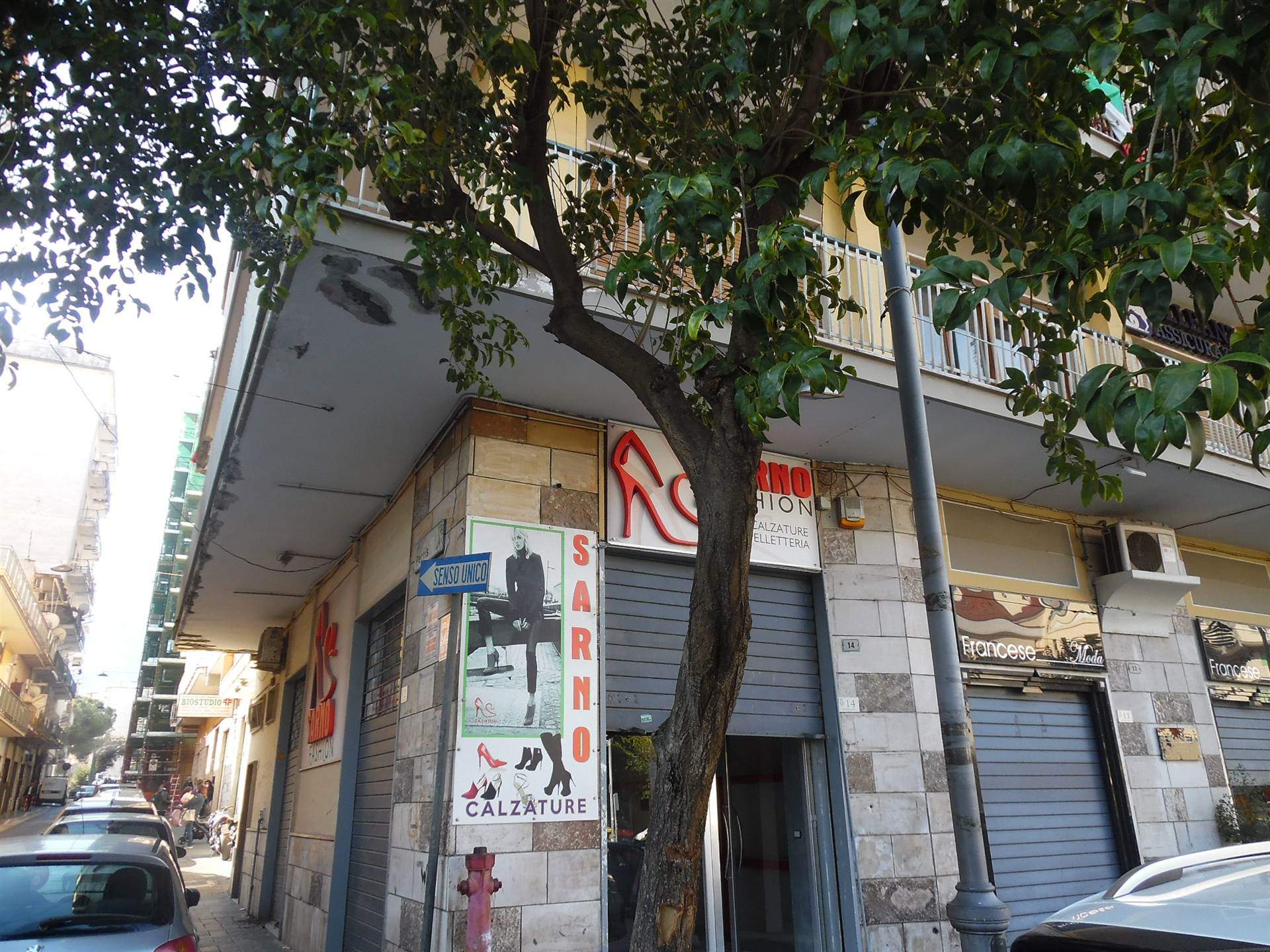 ANGRI, Shop for rent of 35 Sq. mt., Good condition, Energetic class: G, placed at Ground, composed by: 1 Room, 1 Bathroom, Price: € 630