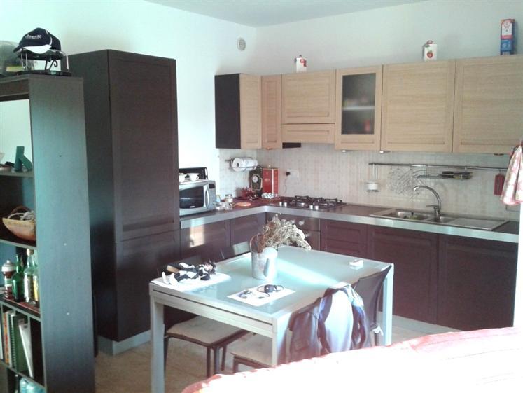 Soluzione Indipendente in affitto a Lungavilla, 3 locali, prezzo € 125.000 | CambioCasa.it