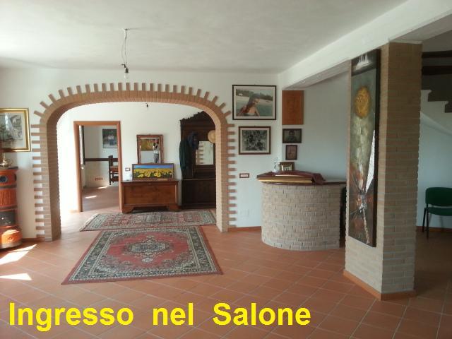 Rustico / Casale in vendita a Sale, 9 locali, prezzo € 200.000 | PortaleAgenzieImmobiliari.it