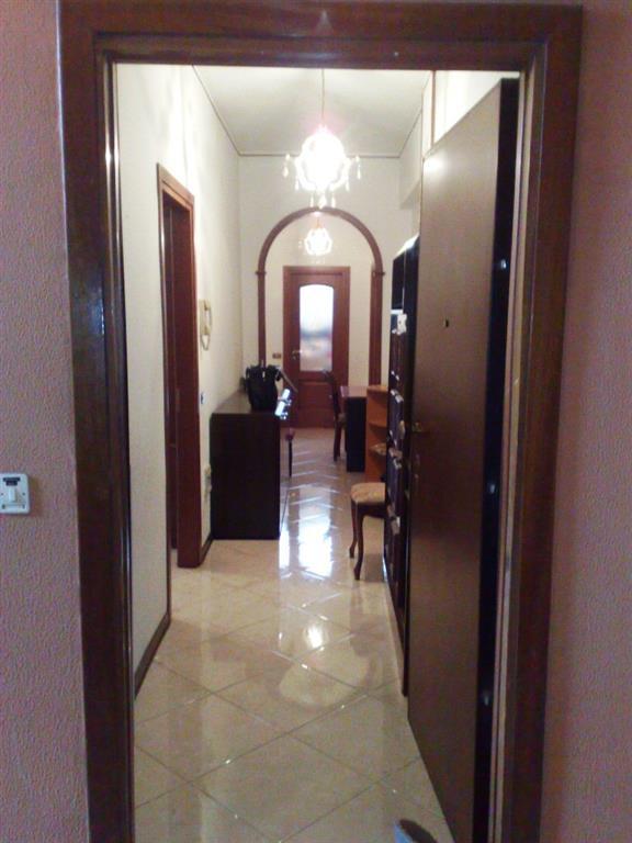 Appartamento in affitto a Voghera, 4 locali, prezzo € 400   CambioCasa.it