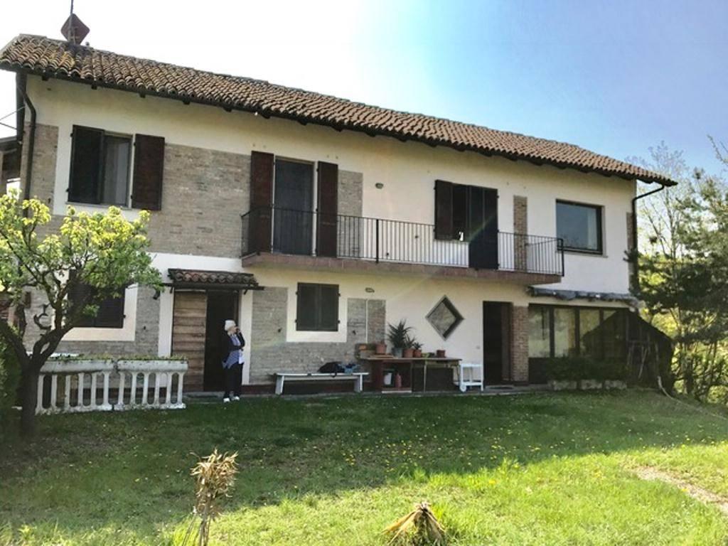 Villa in vendita a Casasco, 4 locali, prezzo € 118.000 | CambioCasa.it