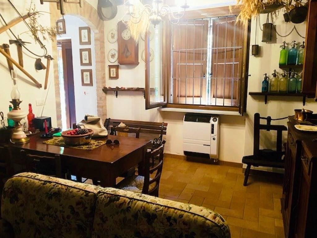 Soluzione Indipendente in vendita a Casasco, 4 locali, prezzo € 100.000 | CambioCasa.it