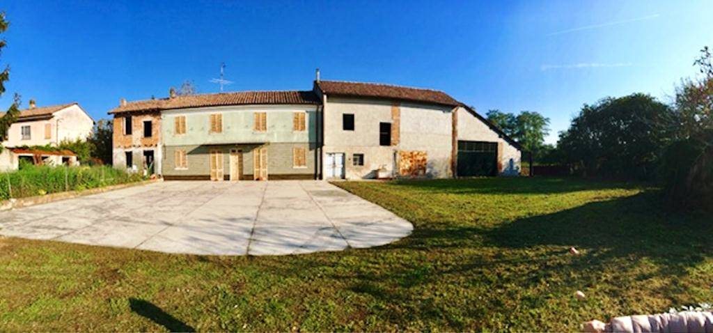 Soluzione Indipendente in vendita a Isola Sant'Antonio, 7 locali, zona Località: CASONINI, prezzo € 60.000 | CambioCasa.it