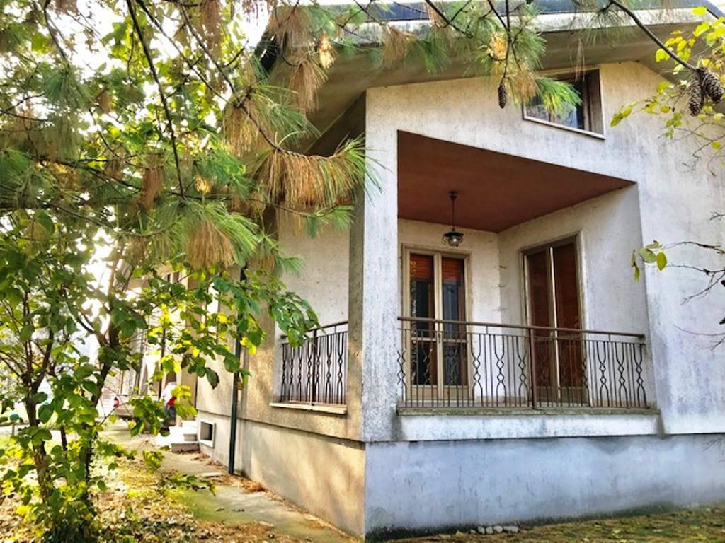 Soluzione Semindipendente in vendita a Castelnuovo Scrivia, 6 locali, zona Zona: Ova, prezzo € 110.000   CambioCasa.it