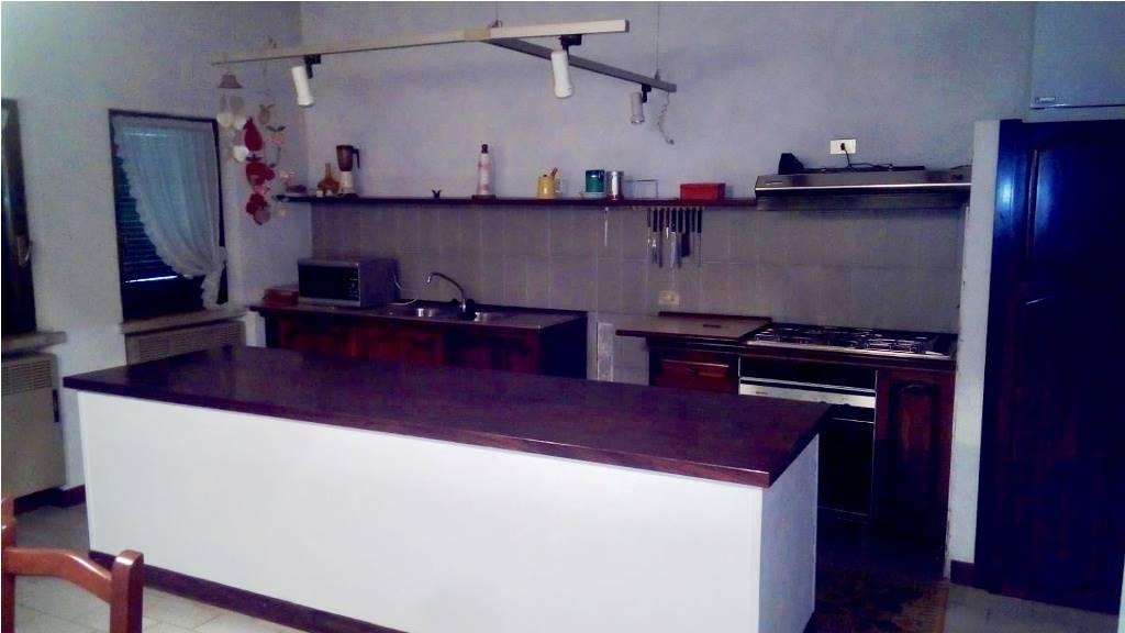 cucina - vista isola lavoro