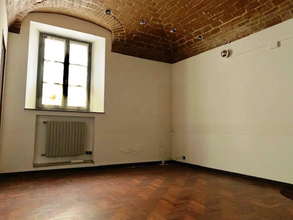 Ufficio / Studio in vendita a Voghera, 3 locali, prezzo € 62.000   PortaleAgenzieImmobiliari.it