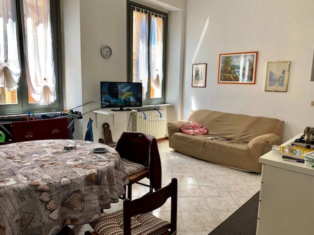 Appartamento in affitto a Voghera, 2 locali, prezzo € 350   CambioCasa.it