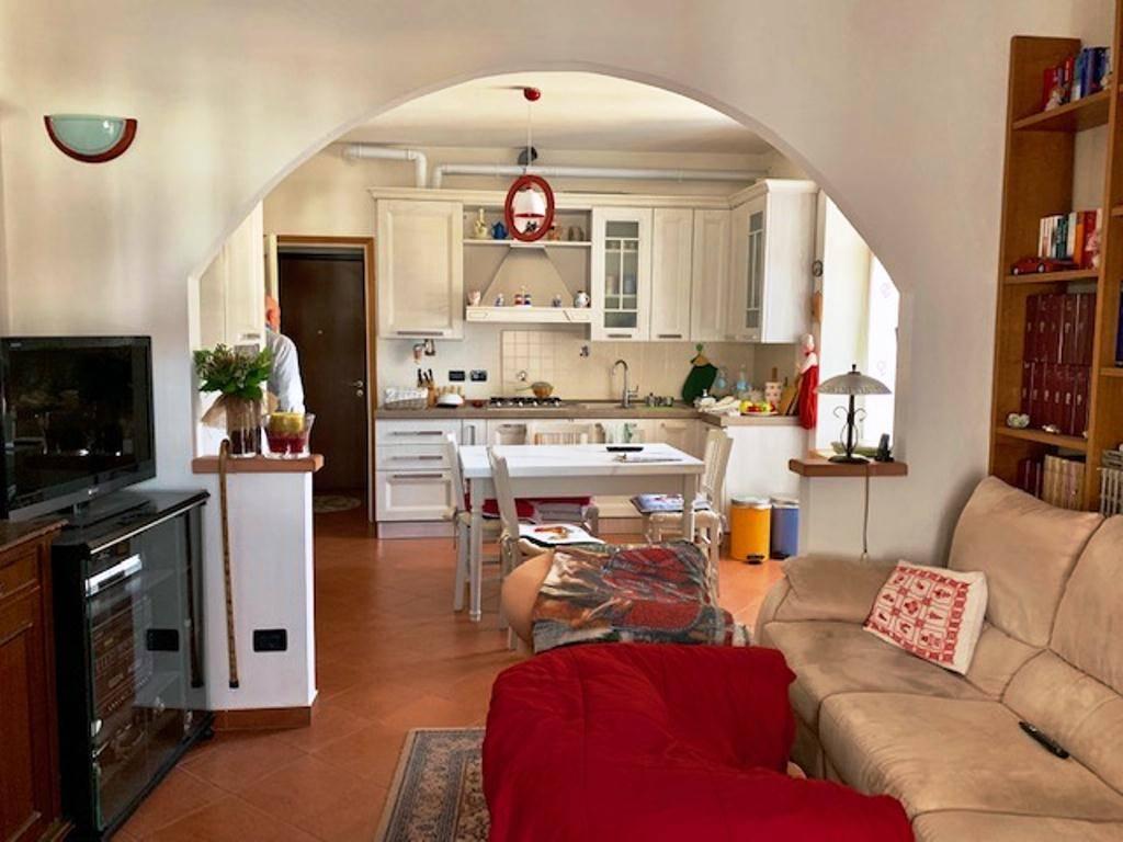 Appartamento in vendita a Casteggio, 2 locali, prezzo € 55.000 | CambioCasa.it